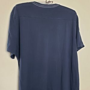 Banana Republic Shirts - Banana Republic graphic t-shirt navy size large